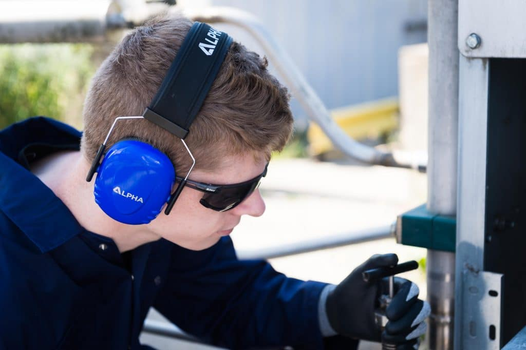 How to choose the best ear defenders for hearing protection