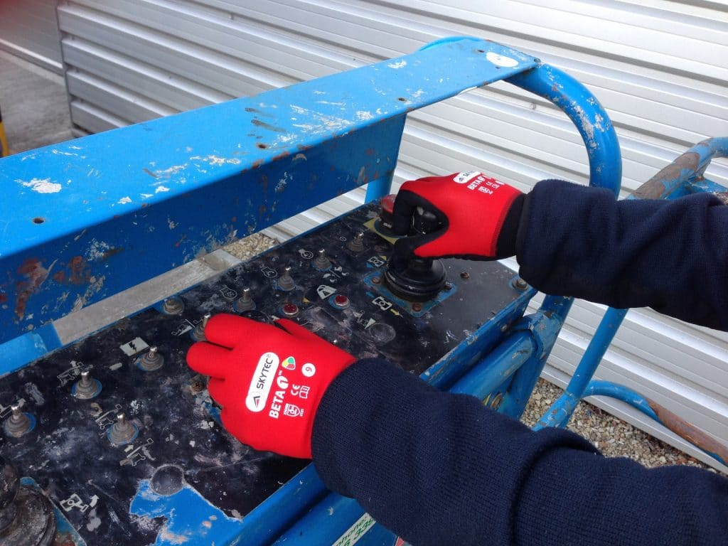 Choosing the right type of hand protection